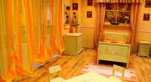 Как обустроить детскую комнату: http://vashechudo.ru/detskaja-komnata/kak-obustroit-detskuyu-komnatu.html